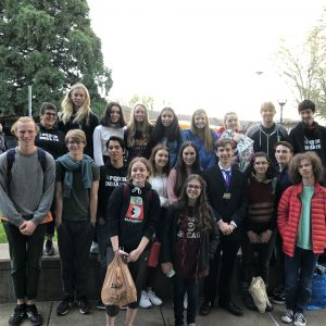 Summit_speech_and_debate.jpeg